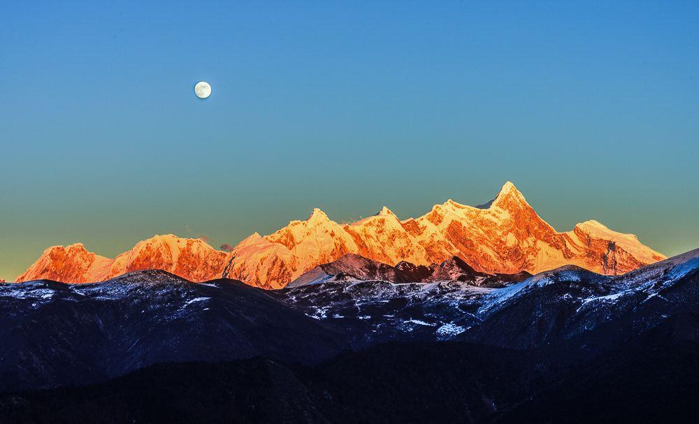中国最美的十座著名山峰
