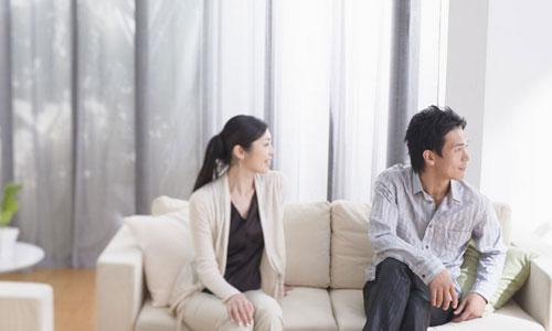 情感咨询:女朋友跟我要分开冷静一下怎么办?